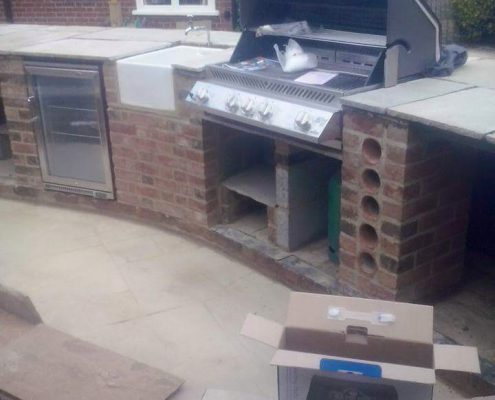 Patio & Outdoor Kitchen